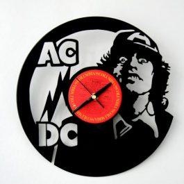 Ceas traforat manual din vinil – ACDC