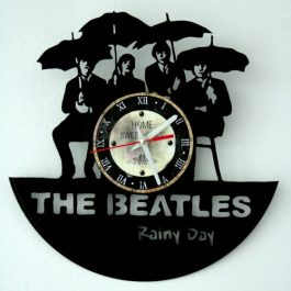Ceas traforat manual din vinil – The Beatles Rainy Day