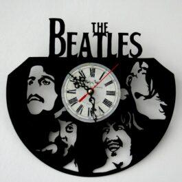 Ceas traforat manual din vinil – trupa The Beatles